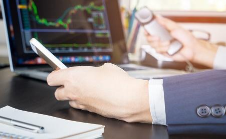 Daftar broker forex dengan spread tetap (FIXED)
