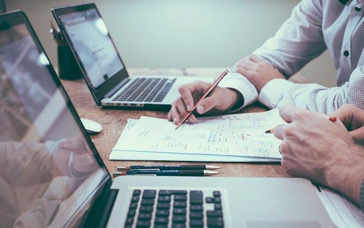 Cara Bermain Forex yang Benar untuk Menjadi Trader Profesional